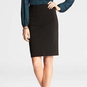 Ann Taylor 100% Wool Pencil Black Mini Skirt 2